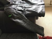Great Condition! Ladies Leather Motorcycle Jacket!!