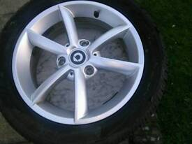 Mercedes Smart fortwo alloy wheels and tyres