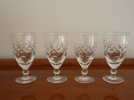 Six Royal Doulton sherry glasses in Georgian design in excellent condition