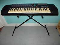 Yamaha (PSR-76) (Keyboard & stand) Look**