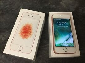 IPHONE SE 16gb in rose gold unlocked nearly new