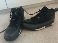 Nike high top trainers hardly worn excellent condition size 6 uk