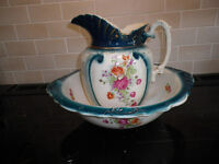 LARGE VICTORIAN WASH BOWL AND JUG +SOAP DISH WITH LID