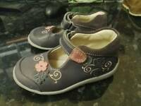 Clarks first toddler shoes size 5 1/2 f