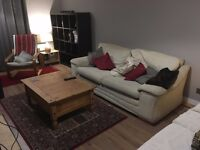 AVAILABLE NOW - reduced to £450 inclusive of bills. Double room, newly renovated friendly house.