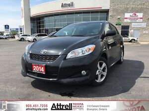 2014 Toyota Matrix. Fog Lights, Keyless Entry, Moonroof.