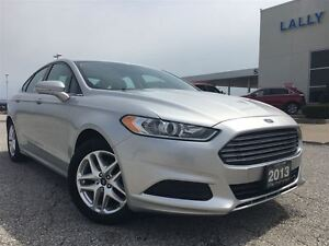 2013 Ford Fusion SE FWD with NAVIGATION
