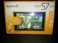 Garmin Nuvi 57LM UK & ROI Sat Nav Boxed With Accessories