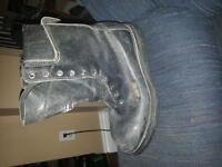 Gore-Text Boots with Vibram Soles SIZE 9 MENS