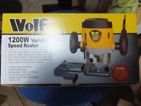 WOLF 1200W Variable Speed Plunge Router BNIB