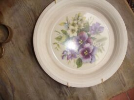 Pretty Floral wall Plaque