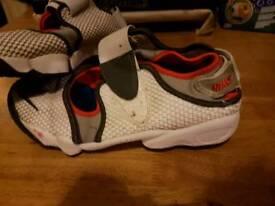 Nike rift size 8