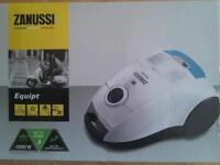 Zanussi ZaneQ10+ Vacuum Cleaner hoover. NEW in box