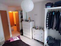 Salford quays en-suite double bedroom flat share