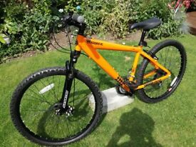 Diamondback overdrive Mountain bike ..As New Condition only used once ..