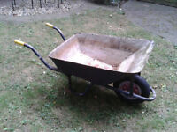 WHEELBARROW METAL AS IN PHOTOS FREE LOCAL DELIVERY