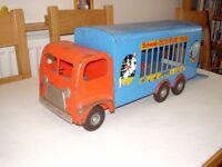 Tri-ang circus lorry