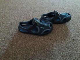 Nike sunray boys sandles