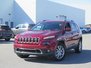 2015 Jeep Cherokee Limited! Sunroof! 4x4! V6!