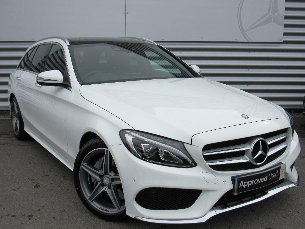 mercedes benz c class c220 d amg line premium white 2017 03 07 in crawley west sussex gumtree. Black Bedroom Furniture Sets. Home Design Ideas