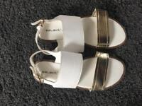 Brand new select sandals size 3