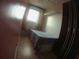 *Look---> New Single Room Available > Mile End > All Bills Included* Only £120!
