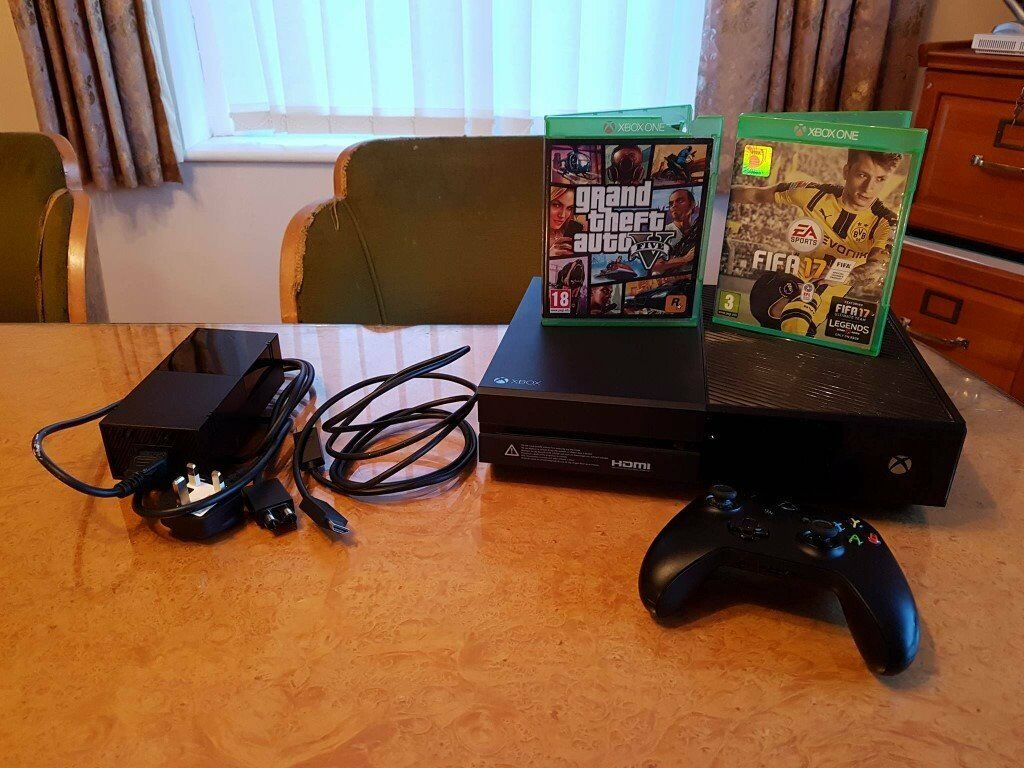 xbox one with 1 controller fifa 17 gta 5 for sale in bognor regis west sussex gumtree. Black Bedroom Furniture Sets. Home Design Ideas