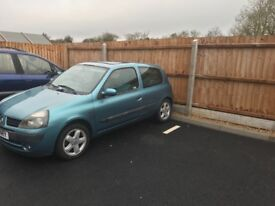 Renault Clio 1.2 baby blue very comfy little car