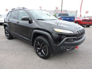 2016 Jeep Cherokee TRAILHAWK, TOIT OUVRANT PANO, TEMPS FROID, RE West Island Greater Montréal image 3