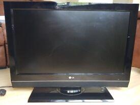 "LG 32LC56 32"" LCD TV"