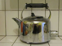 "Swan 6pint ""Popular"" Electric Kettle with spare element."