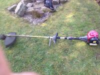 Honda 4 stroke strimmer well looked after well worth it