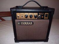 Retro style guitar Amp / mini amplifier Yamaha 10W
