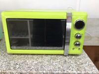 Swan Retro Style Microwave Oven