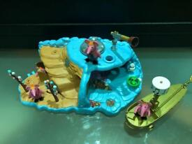 Clanger home planet boat and soup dragon