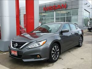 2016 Nissan Altima 2.5 SV, power roof, Bluetooth, blind spot