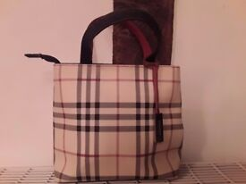 ** BURBERRY STYLE ** SMALL TOTE BAG