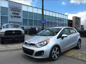 2015 Kia Rio SX w/UVO LEATHER, RARE 6 SPD MANUAL HEATED SEATS