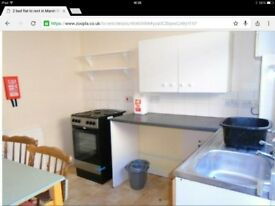 Flat to rent- 2 bedroom- part furnished- llanelli town.