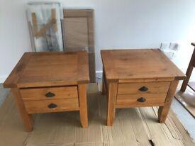 2 Oak Side/Coffee Tables