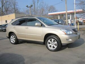 2004 Lexus RX 330 LOW KMS,ONLY 82KMS,LEATHER,SUNROOF,AWD!!!