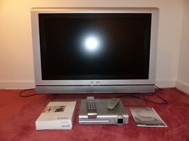 "Philips 32"" LCD TV HD Ready With Philips Freeview Terrestrial Receiver Box"