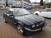 Blue Jaguar X-Type 2008.