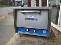 Bakers Pride P18 Pizza Oven Catering equipment.