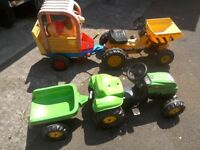 Ride on tractor/ Digger & trailer