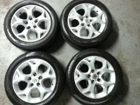 "Astra, Zafira 16"" Snowflake alloy wheels and tyres."