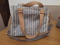 Pacapod changing bag - Richmond Navy Herringbone