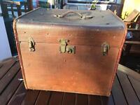Vintage Leather Case/ Trunk