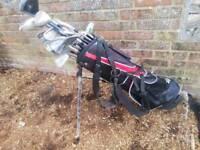 , set of golf clubs