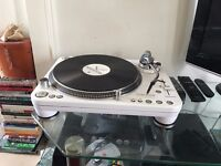 2x Pro turntables with cartridges and flightcase